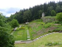 17-Tal-des-Todes---Aschenhuegel-und-Krematorium
