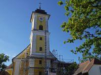 2020_08_26_02_Geruest_erreicht_den_Turm
