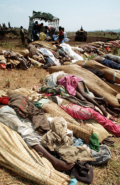 06 03 bodies of rwandan refugees df-st-02-03035