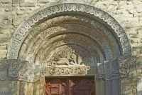 07-Romanisches-Portal-von-Sankt-Peter