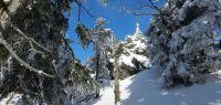 109-feb-18-ein-unscheinbarer-Berg-mit-maechtigen-Felsformationen---Velk-Kokrh-ft