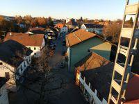 2020_11_06_01_Blick_vom_Turm_der_Georgskirche_auf_Burgstrasse_kurz_vor_Sonnenuntergang