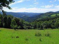 073-Ausblick-vom-verschwundenen-Dorf-Ebenwies-ins-Wydra-Tal---bm