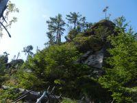 086-Hochruck---eine-Ansammlung-von-Felsgruppen-ueber-dem-noerdlichen-Horizontalsteig-des-Rachels---ft