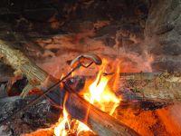 147-Feuerstelle-am-Mittagsberg---offizieller-Sumava-Uebernachtungsplatz---bm