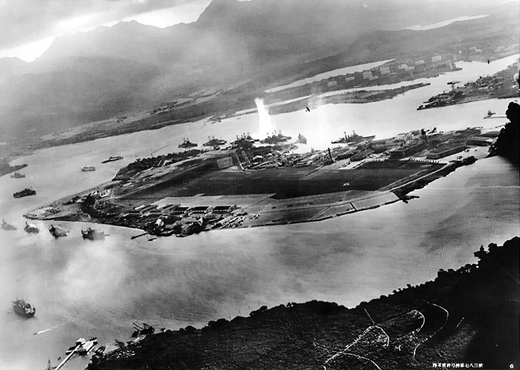 07 01 attack on pearl harbor japanese planes view