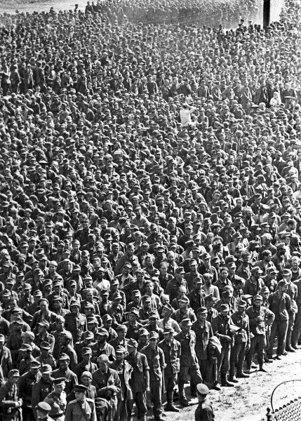 12 04 rian archive 129359 german prisoners-of-war in moscow